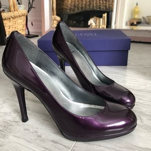 Stuart Weitzman Shoes - Stuart Weitzman Logoswoon Patent Leather Pump